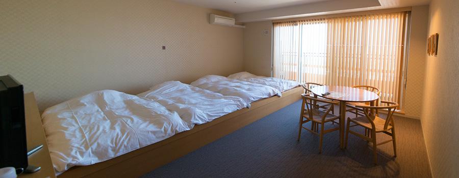 ゲストルーム(4人部屋)